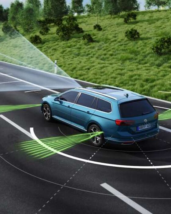 VW Passat GTE - Travel Assist