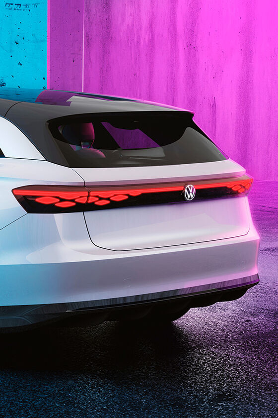 The Volkswagen ID. SPACE VIZZION from behind